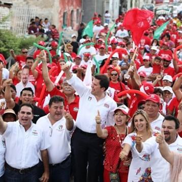 Mauricio Sahuí promete un gobierno cercano, no de escritorio