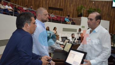 """Martha Góngora no cumplió con los requisitos, rechazan diputados """"violencia política"""""""
