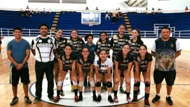 """Jaguarcitas y Jaguares, campeones de la Copa Universitaria """"Delfines"""" en Campeche"""
