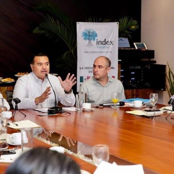 Impulsan en Mérida la creación de empleos en conjunto con el sector industrial