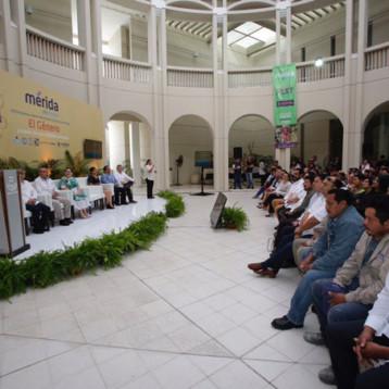 Inaugura Renán Barrera Simposio sobre Patrimonio Cultural de Mérida