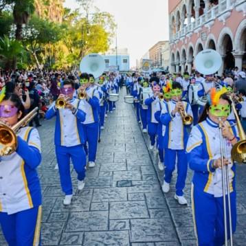 Banda de Marcha del Cepredey se suma al inicio del Carnaval de Mérida
