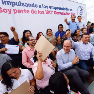 Centro Municipal de Emprendedores escaparate de mujeres y hombres de negocios