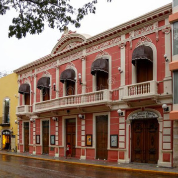 Yucatán: 15 hoteles funcionan con huéspedes fijos: AMHY