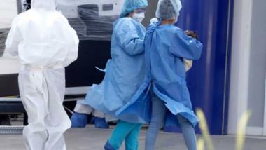 Luchan enfermeras y médicos contra Covid-19… y la discriminación