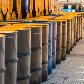 Petróleo vuelve a dispararse; cierra con ganancia de hasta 14%