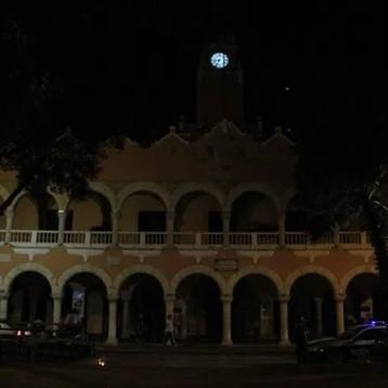 Apagón contra la CFE en Mérida