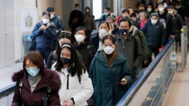 """Japón extiende alerta sanitaria y se prepara para """"nuevo estilo de vida"""""""