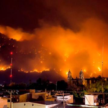 Por grabar video para TikToK, mujer ocasionó el incendio que consumió 60 hectáreas en Tepoztlán