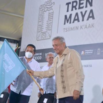 AMLO da banderazo de inicio de obra del Tren Maya con Tramo 4 Izamal-Cancún