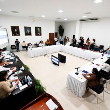 Comparece Renán Barrera ante diputados