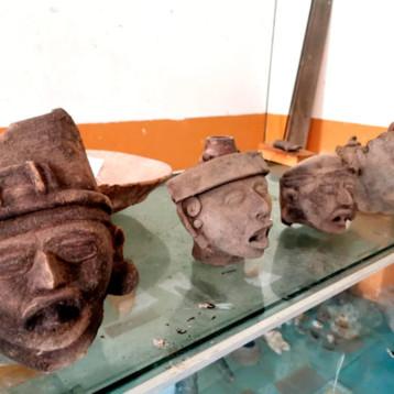 Recupera INAH 212 piezas arqueológicas de origen maya