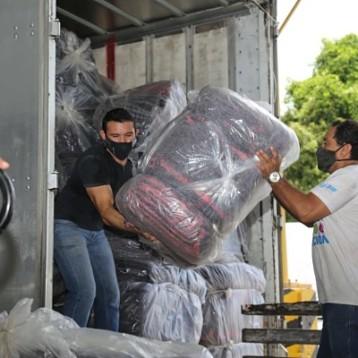Centros de acopio en Mérida y Valladolid recaudan 150 toneladas de donativos