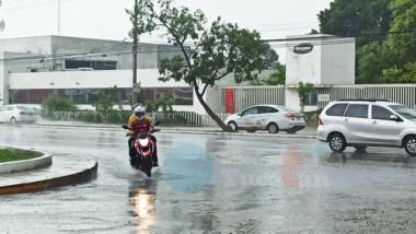Seguirán las lluvias en la Península por onda tropical no. 15