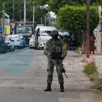 Operativo antinarcoticos en el fraccionamiento Del Parque, hay detenidos