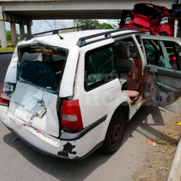 """Acelerado"" conductor causa fuerte accidente en Periférico"