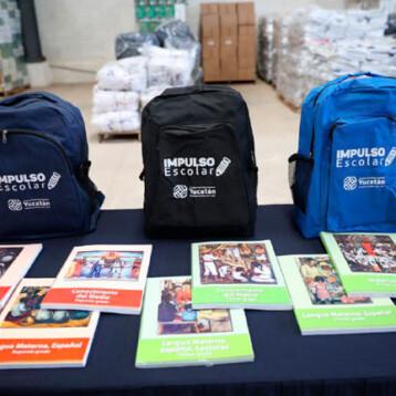 Inicia en Yucatán la entrega de más de 270 mil paquetes de útiles escolares