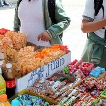 Oaxaca, primer estado en prohibir la venta de alimentos chatarra a menores de edad