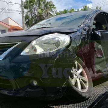 Choca vehículo oficial del Gobernador Vila (Video)