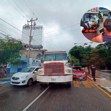Accidente en la Canek manda a mujer al hospital