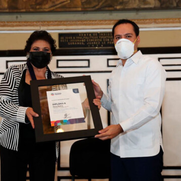 Reconocen trayectoria artística de la cantante María Medina con la Medalla Yucatán 2020