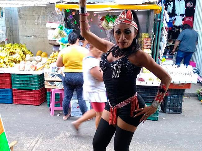 Murió Paloma, bailarina del mercado Lucas de Gálvez