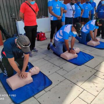 Capacitan en primeros auxilios a responsables de Academias de Iniciación Deportiva