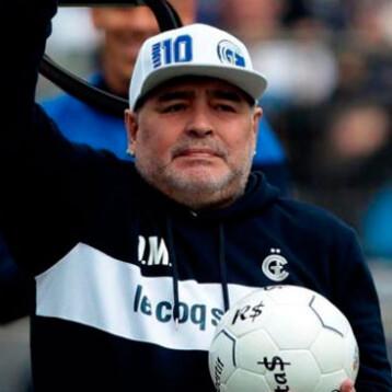 Muere Maradona a los 60 años tras un paro cardiorrespiratorio