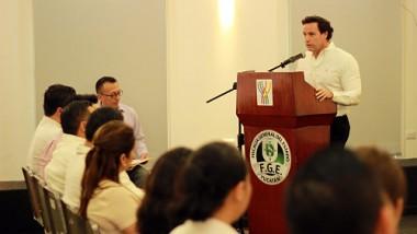 Capacitan a elementos de la Vicefiscalía Especializada en el Combate a la Corrupción