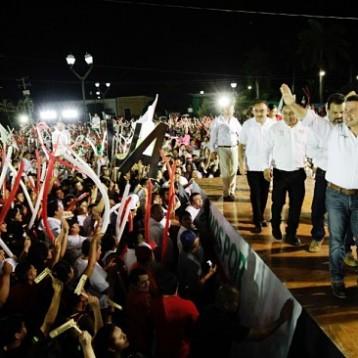 Más de 6 mil personas en el cierre de campaña de Sahuí en Tixkokob