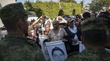 """Omisión del Ejército en caso Ayotzinapa tuvo """"consecuencias fatales"""""""