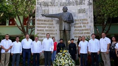 Conmemoran legado de Gonzalo Navarro Báez