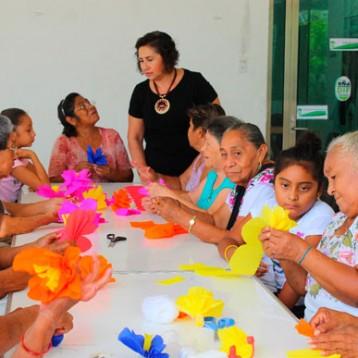 Crean espacios de esparcimiento para adultos mayores de Kanasín