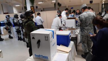 Envían vacunas anticovid a hospitales de Yucatán
