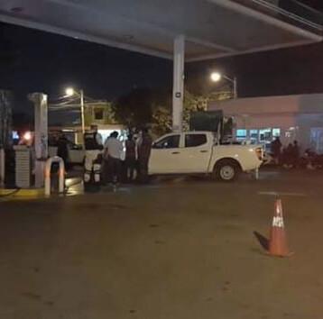 Clausuran gasolinera en Juan Pablo por vender litros incompletos