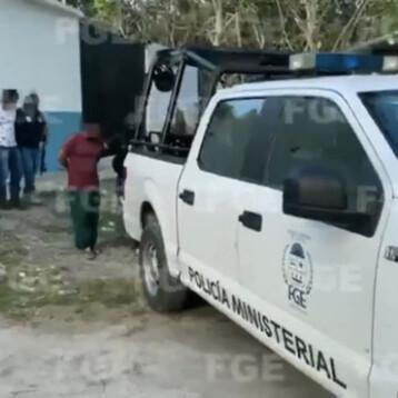 Ejercen acción penal contra 4 policías de Tulum (video)