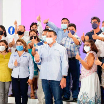 Maestros y maestras se suman al proyecto Más Mérida de Renán Barrera