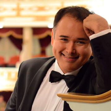 El mexicano Javier Camarena, elegido como el mejor cantante de ópera en el mundo