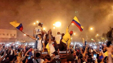 Masivas protestas en Colombia contra reforma tributaria