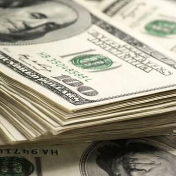 Peso se deprecia 4.61% contra el dólar en racha negativa de seis días