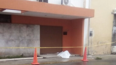 Muere hombre en calles del Centro de Mérida