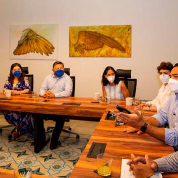 Renán se reúne con regidores electos
