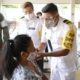Vacuna contra el Covid puede ocasionar cambios hormonales en mujeres