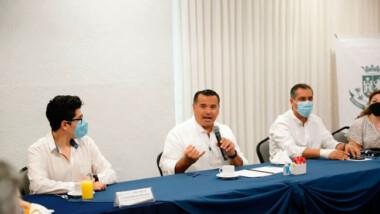 Se reúnen presidentes municipales electos de distintas partes del país