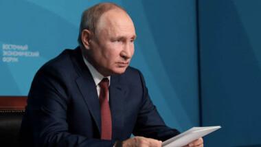 Putin, en aislamiento por varios casos de COVID en círculo cercano