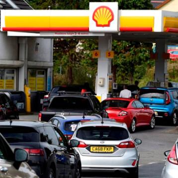 Reino Unido pone en alerta al ejército ante crisis por escasez de gasolina