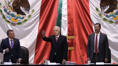 Bartlett 'promete' tarifa única de luz en México si aprueban reforma eléctrica de AMLO