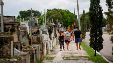 Inauguran Simposio académico virtual por los 200 años del Cementerio General
