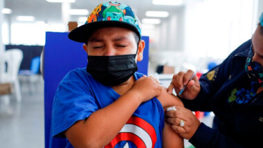 Vacunación COVID a menores con comorbilidades iniciará en Mérida el 25 de octubre